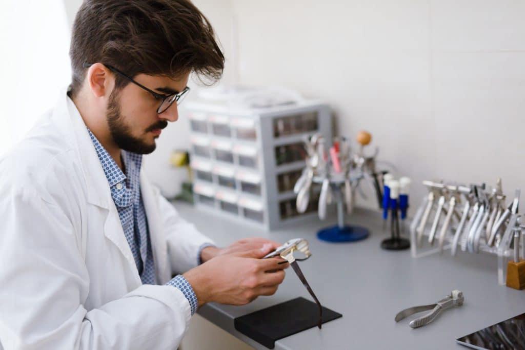 montaj - Optica Tehnico Medicale Brasov